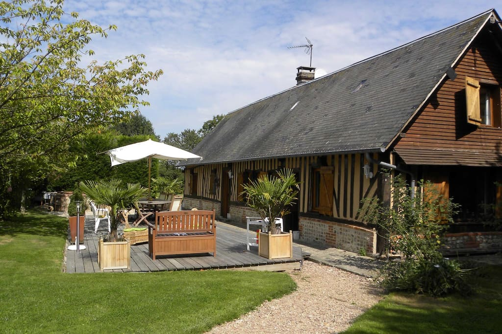 Magnifique maison normande avec piscine et terrain for Location maison avec piscine en normandie