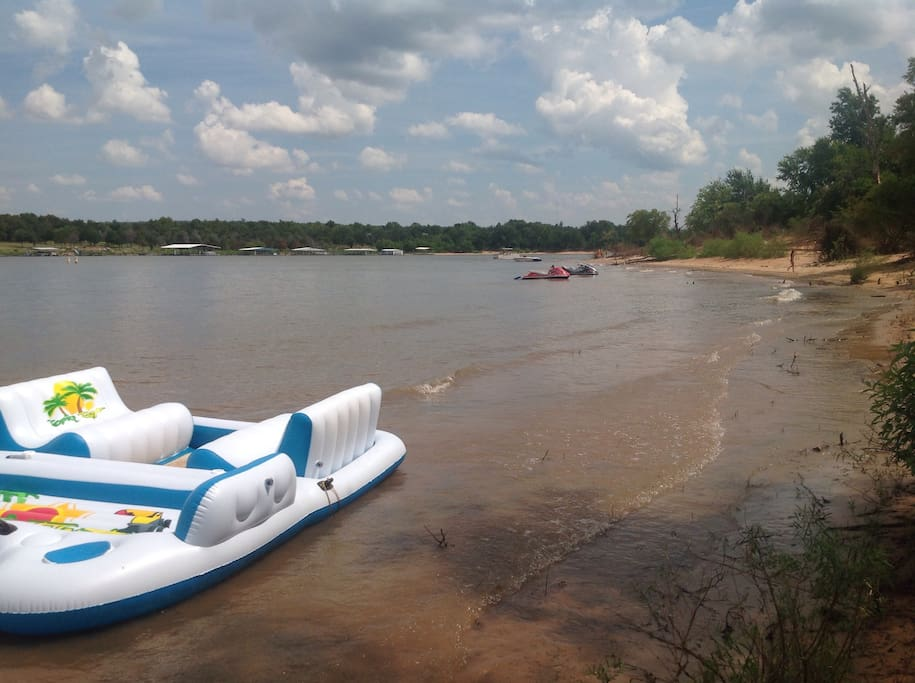 Bring your boats and water toys! Smooth sandy beaches are perfect for swimming, floating or just lounging at the best spot on Lake  Eufaula. . Several boat ramps and marinas are just minutes away for launching and all of your watercraft needs.