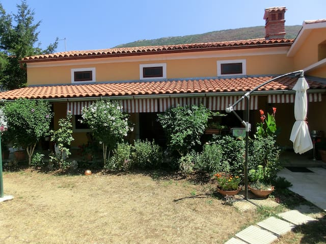 Holiday House Vendi - 1 km to beach - Plomin Luka - House