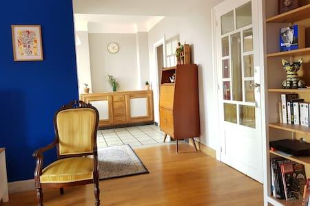 Appartement T2 Ctre Ville lumineux vue Puy de Dôme