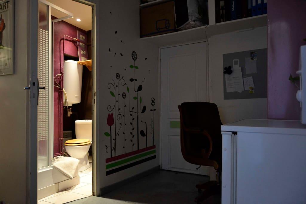 studio priv hyper centre dijon appartements louer dijon. Black Bedroom Furniture Sets. Home Design Ideas