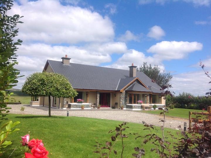 Stunning Killarney Home!