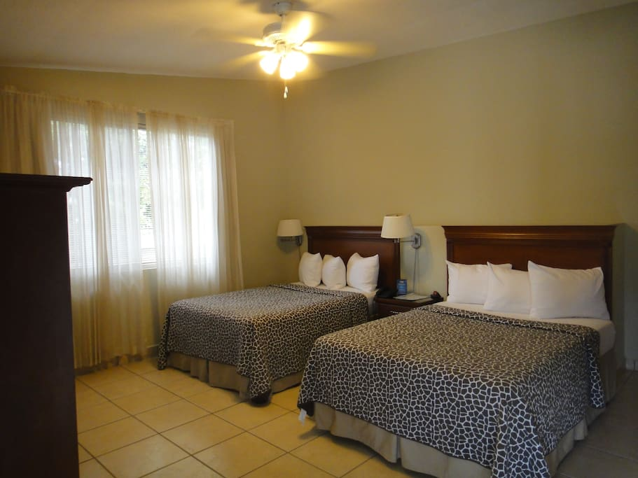 Double Bedroom for 2 to 4 people