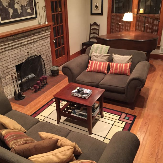 Formal living room and badly out of tune baby grand from Detroit's Grinnell Brothers.