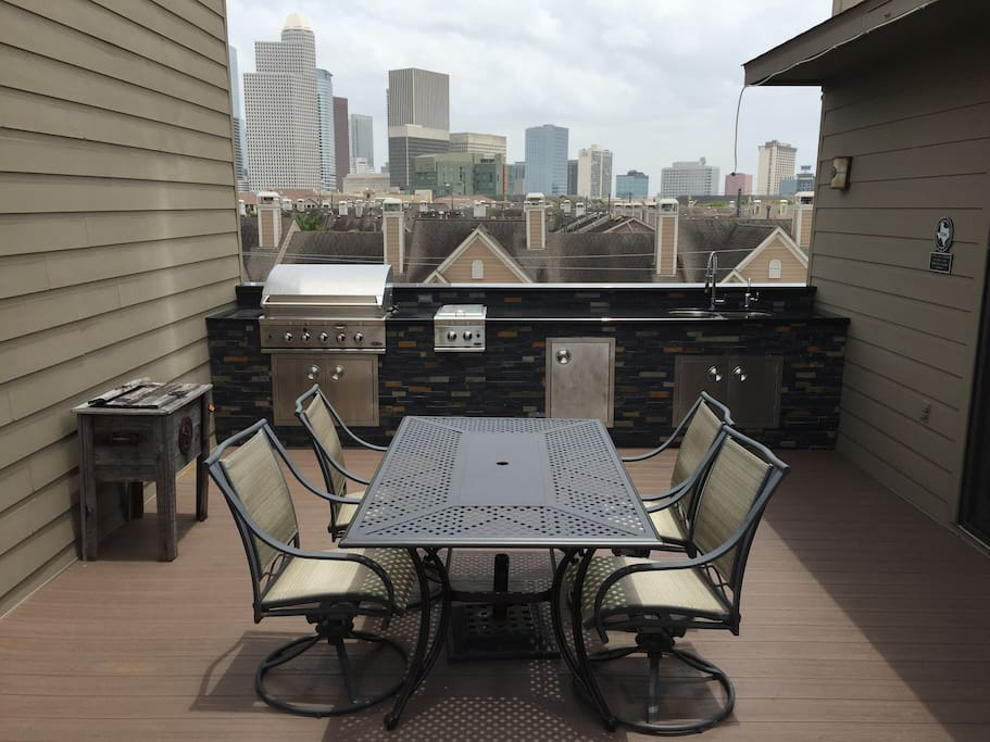 Guests are welcome to use the outdoor kitchen area on the huge 480 sq. ft. roof-top deck