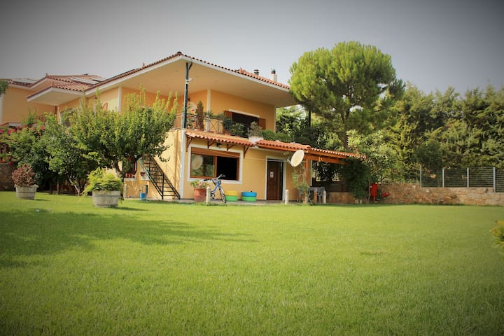 HOUSE-GARDEN-BARBEQUE NEAR AIRPORT! - Pallini - Villa