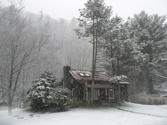 Catskills Wintertime Fun in the Mountains! - Olivebridge - Hus