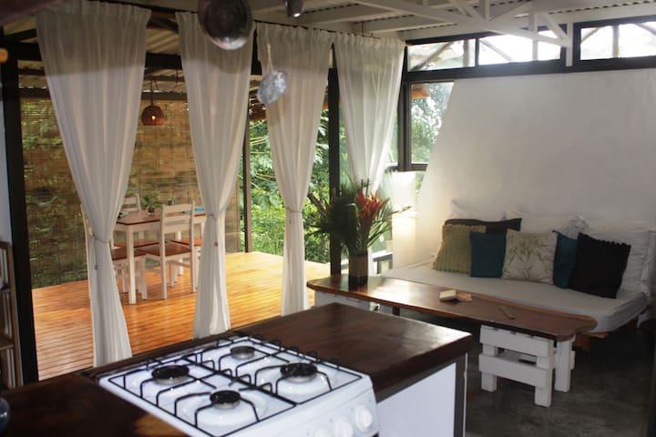Rumah-gua home Santa Teresa Beach - Puntaneras - Casa