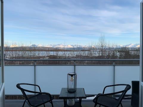 Sentral leilighet med panoramautsikt 700kr pr døgn