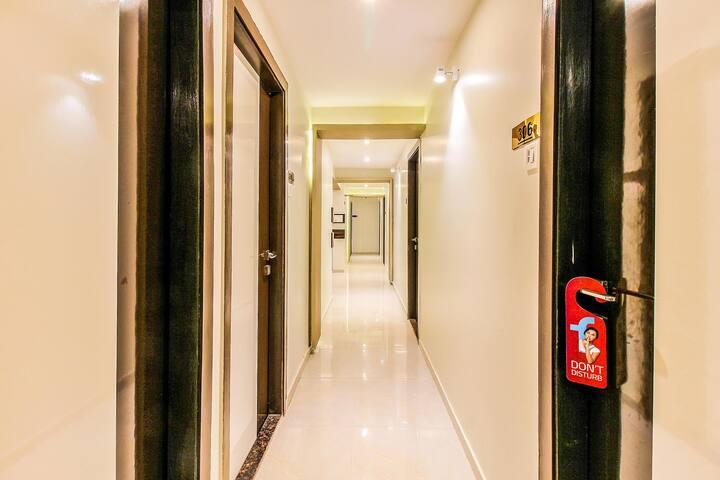 Bandra premium Stay Near to Belgium Embassy