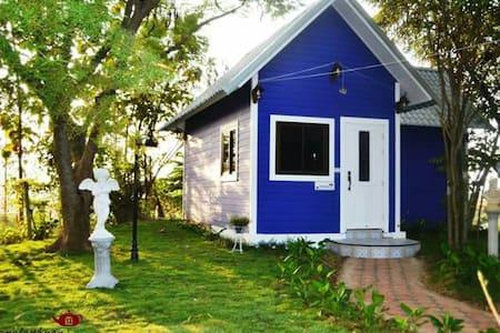 Southampton cottage - Mueang Kaeo - Srub