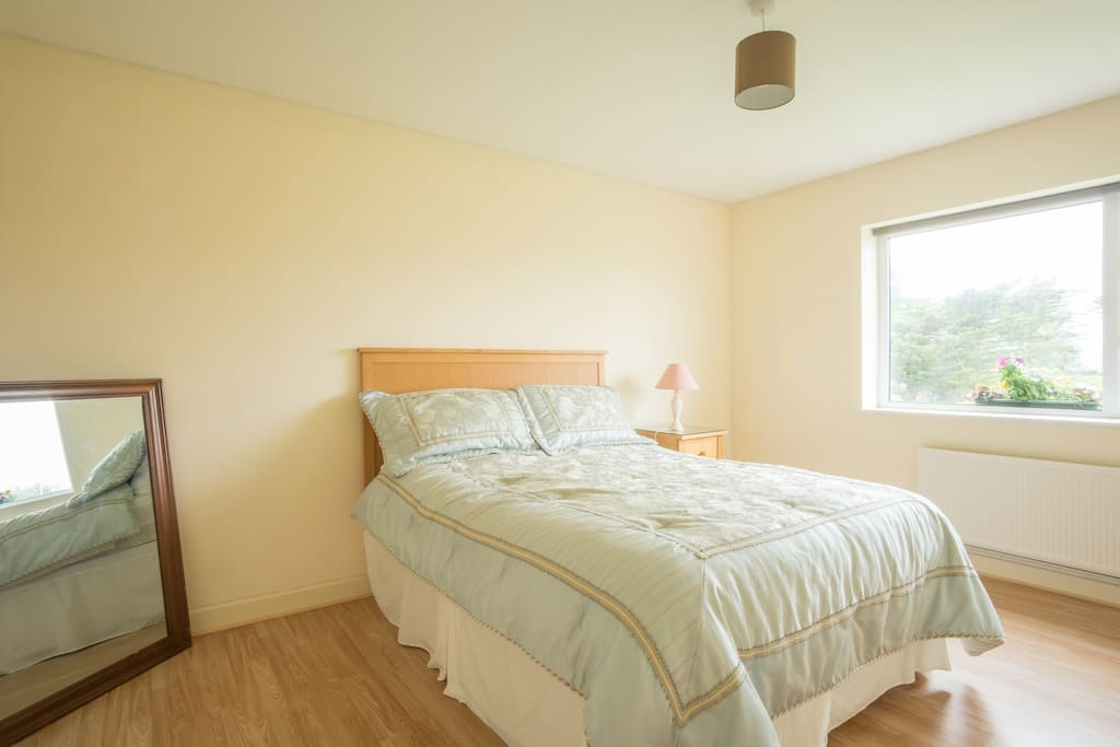 Bright Double Bedroom with ample storage