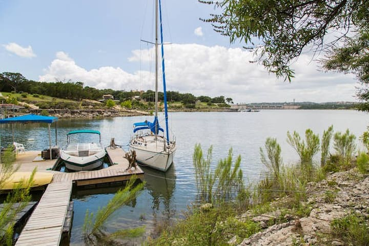 STUDIO APT ON LAKE TRAVIS! SWIM-KAYAK-FISH-CHILL!! - Austin - Apartemen