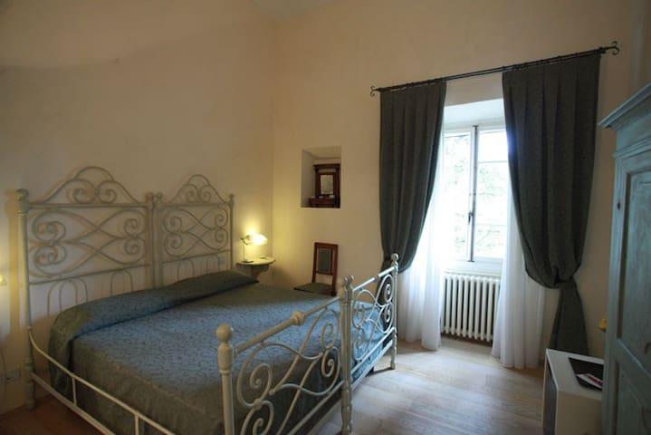 Double Room Lavanda - B&B Florence - Pontassieve - Bed & Breakfast