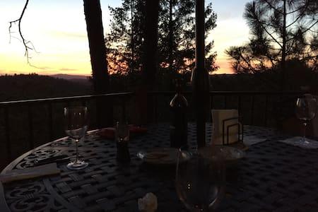 Amantes de vino - Kelsey - Casa