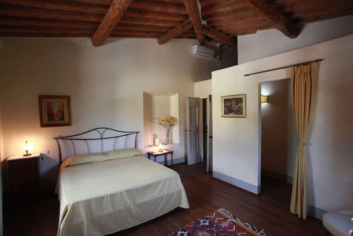 Double Room Verbena - B&B Florence - Pontassieve - Bed & Breakfast
