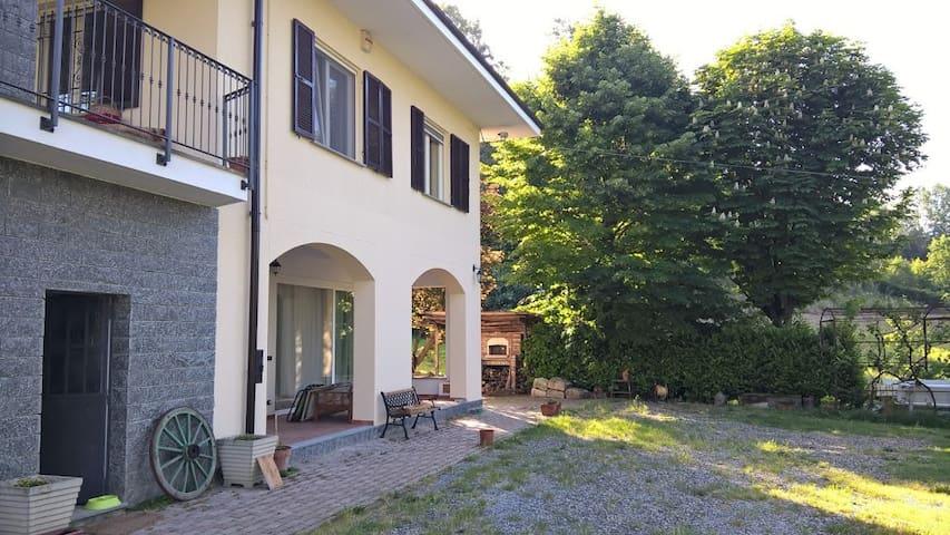 B&B Ant'la Vigna Monferrato Vnyd. - Strevi - Oda + Kahvaltı