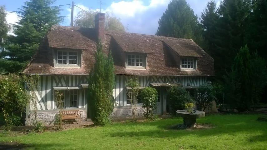 Maison familiale normande/30mn mer - Courtonne-la-Meurdrac - House
