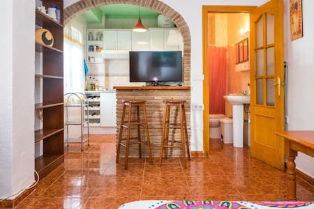 CHEAP & CENTRAL BEACH TOWN STUDIO**WIFI+AA** - Nerja