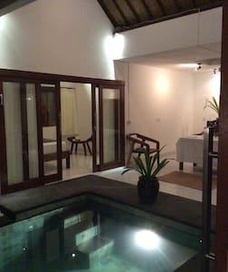 MB House - Denpasar - Szoba reggelivel