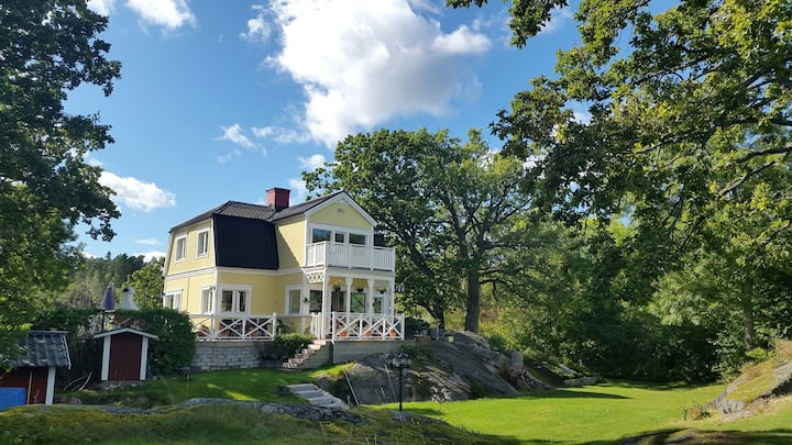 Amazing seafront house near Vaxholm
