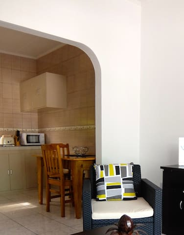 Arch into kitchen and dining area