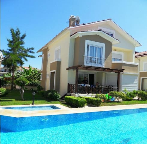 Luxury 4 bed family/golfing villa - Belek Belediyesi - House