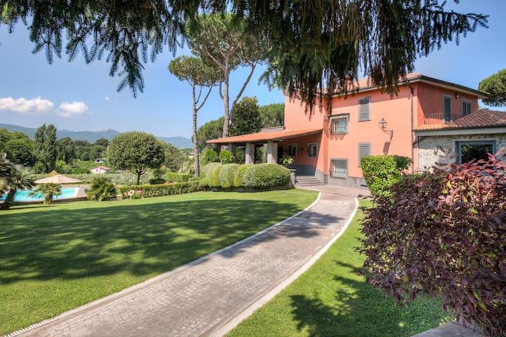 Luxury country house close to Rome - Zagarolo - Villa
