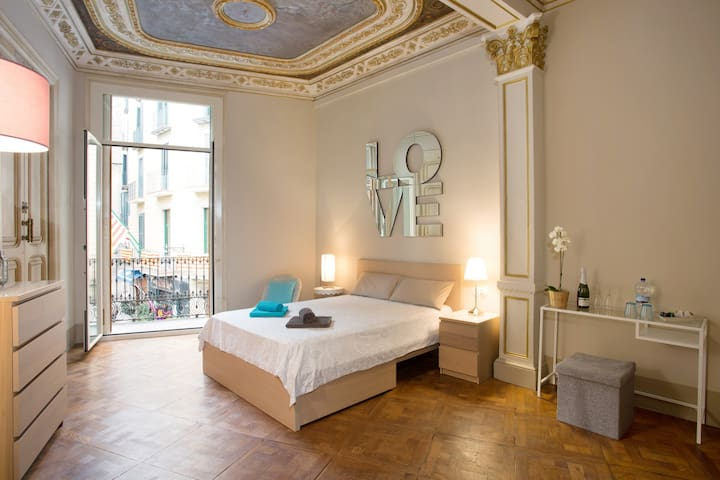 Casa del Pi Private room 30m² - Barcelona - Bed & Breakfast