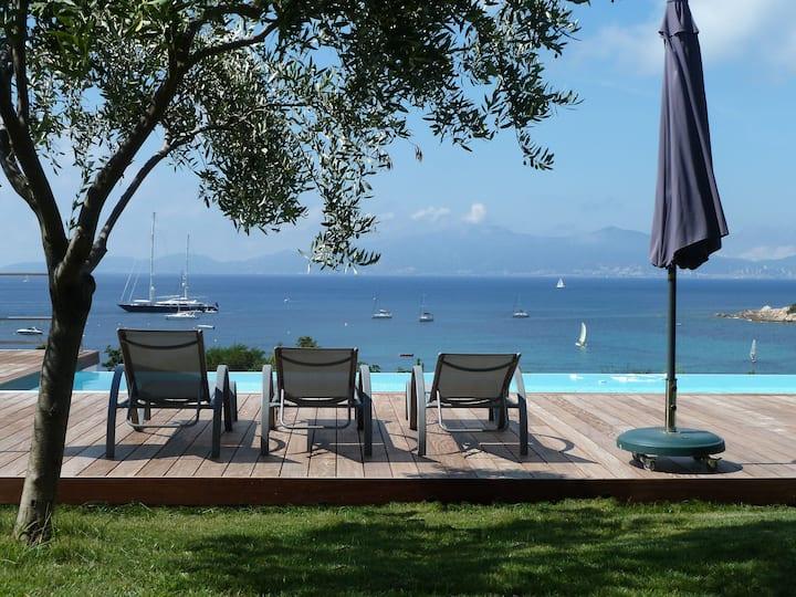 Apetra - Villa d'exception, piscine, plage à 300m.