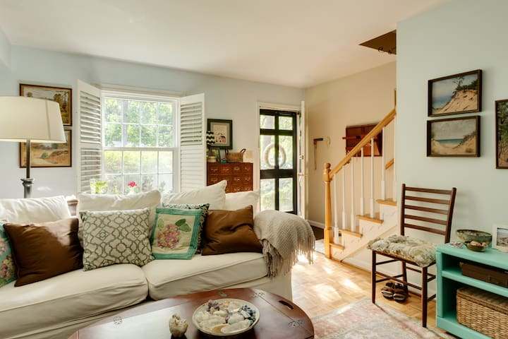 Cozy North Hills townhome - Raleigh - Appartement