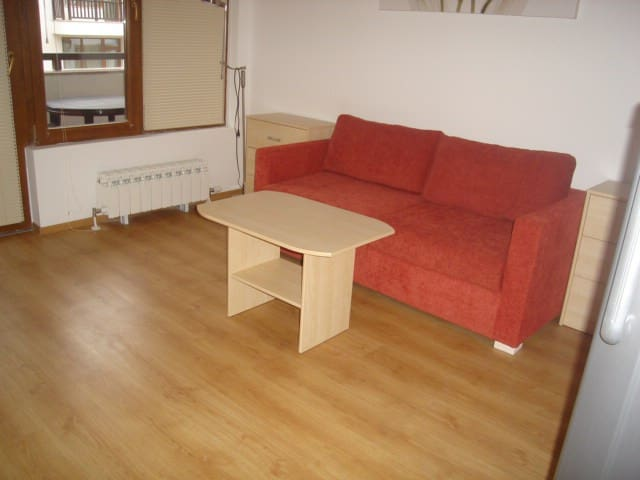 A quality studio in a 5 star block semiramida gdns