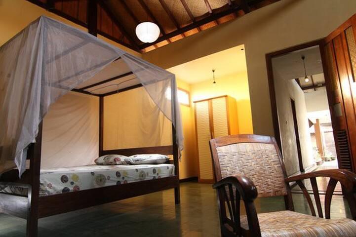 Big bed room Villa Sambal