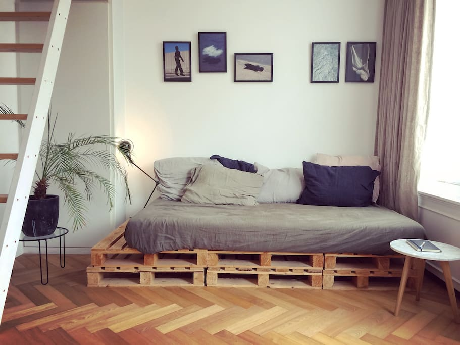 Art design apartment flats for rent in amsterdam for Design apartment jordaan