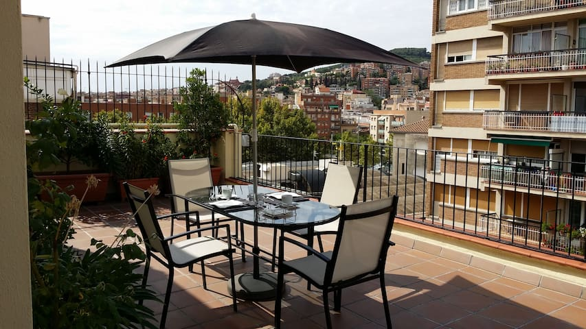 Hab/Double Room With Terrace.Atico! - Barcellona - Bed & Breakfast