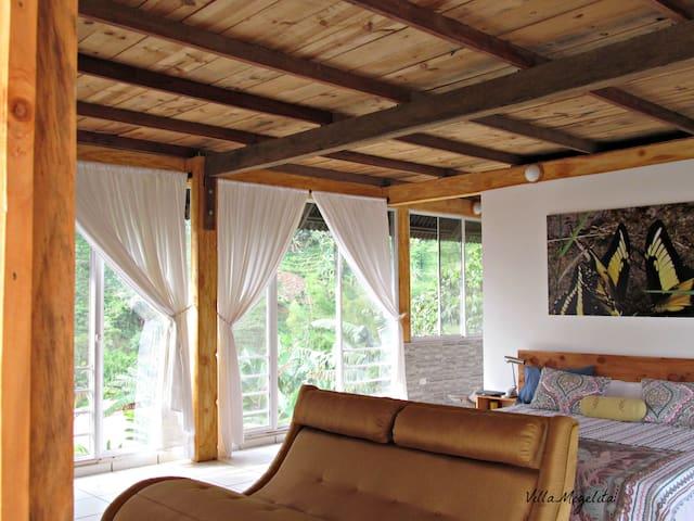 Villa Migelita Master Suite - Palmira - Bed & Breakfast