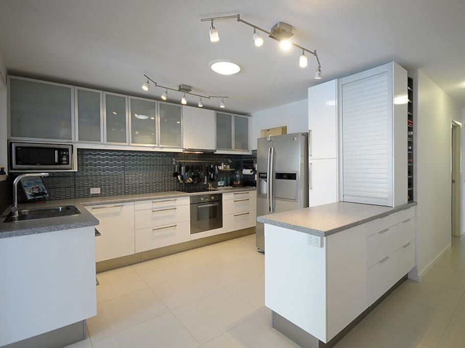 Large chefs kitchen