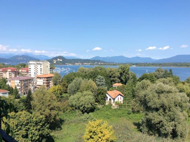 Trilocale sul Lago Maggiore - Dormelletto - Appartamento