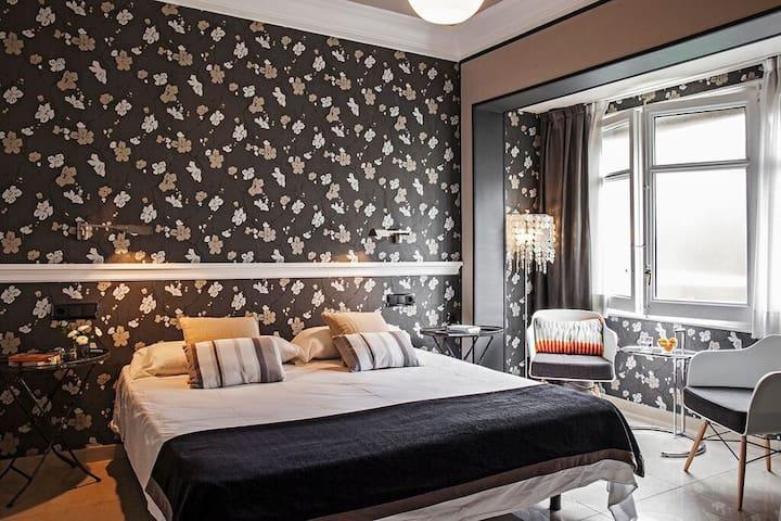 Cutest bedroom 2pax with bathroom 8