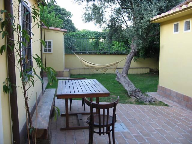 dependance in giardino - Roma - Casa