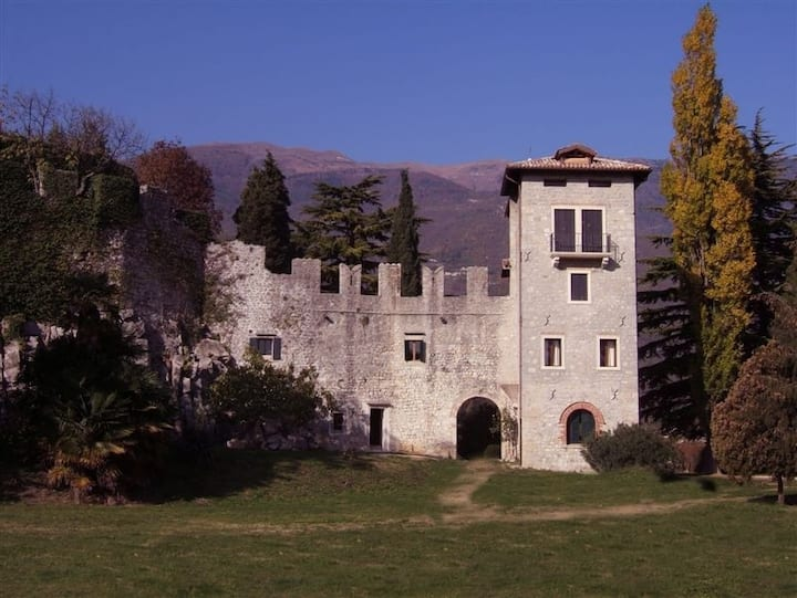A nest for two in a medieval castle