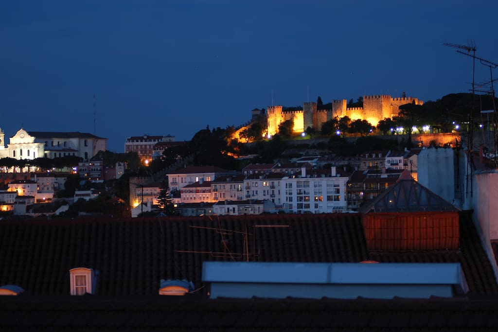 S. Jorge at night / View from Loft
