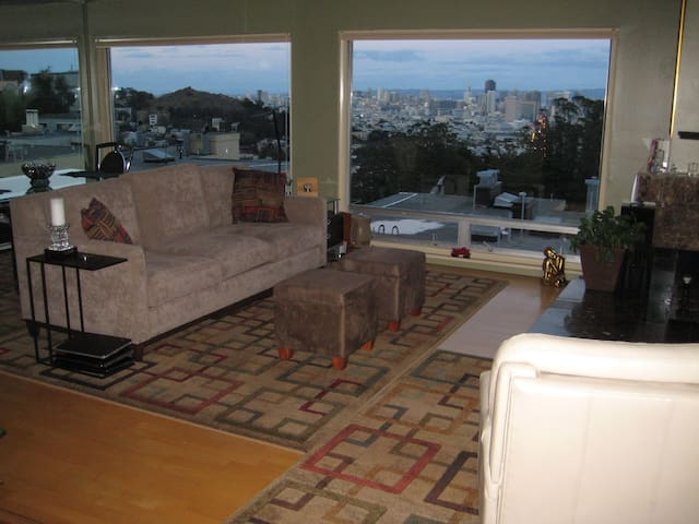 MILLION DOLLAR VIEW WITH PARKING - San Francisco - Appartement