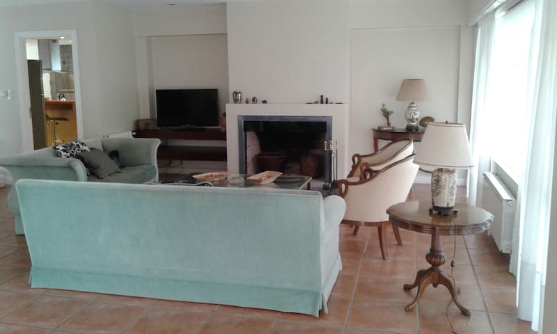 Casa Lía-Playa Grande. Piscina climatizada.