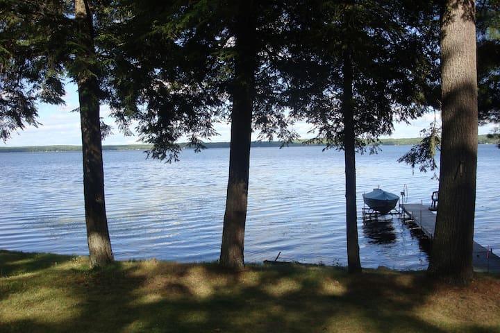 Pine Lake Paradise..,