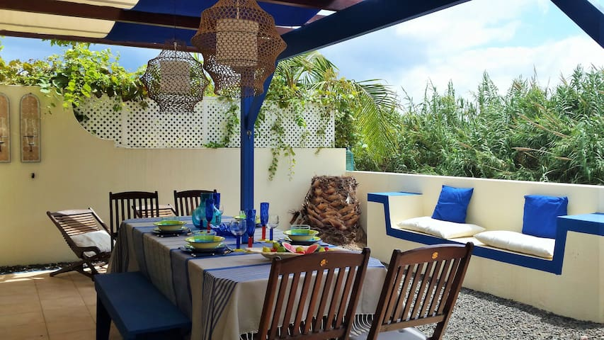 Golden Bird Apartment - Vila Baleira - Huoneisto
