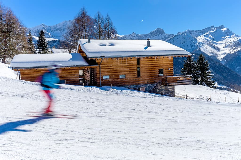 Ski-in and ski-out, with the piste just by the chalet