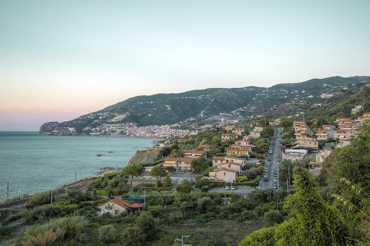Casa a mare con giardino (Airone) - Airone - House