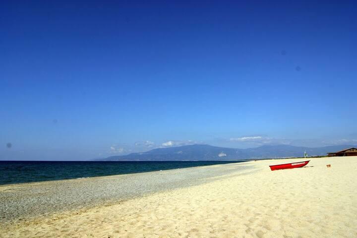 Pizzo Beach Luxury Villa - 9V