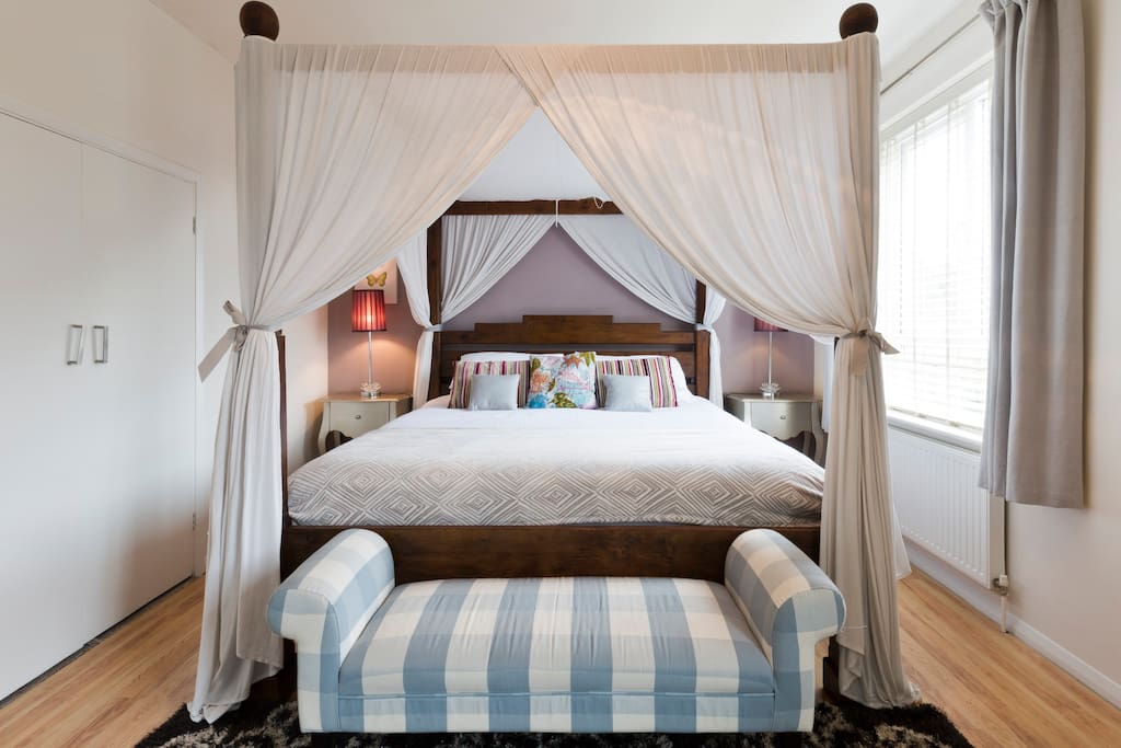Master Bedroom - Romantic Haven in a King Size Four Poster Bed